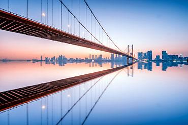 370-摄图网_500623699_banner_武汉风光夜景鹦鹉洲长江大桥(企业商用)